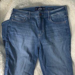 NWOT Hollister High-Rise Super Skinny Jeans